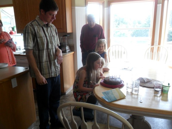 Birthday celebrations with the family for Anna, Jordan, Jennifer and Dad D. It was a good gathering.