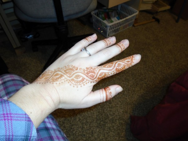 Self-henna.